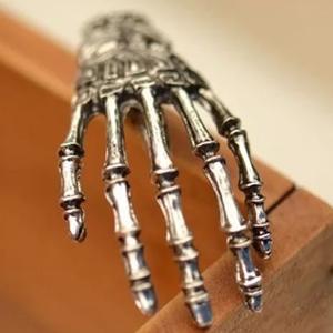 Manita Esqueleto