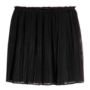Falda Negra Plisada H&M